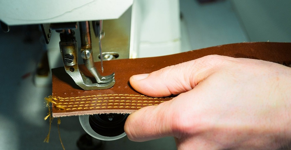 Photo of Best Sewing Machine For Leather in 2020 Reviewed